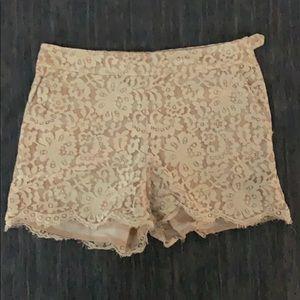 Size 8 Cartonnier Lace Shorts